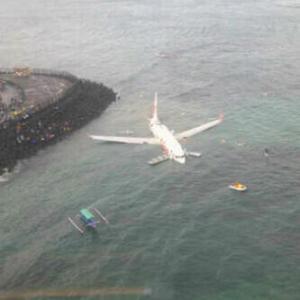 Pesawat Lion Air Jatuh ke Laut di Bali2